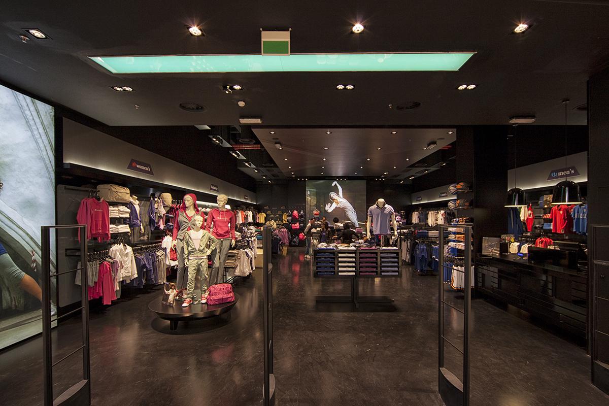 Champion Europe Store, La Spezia, Italy.