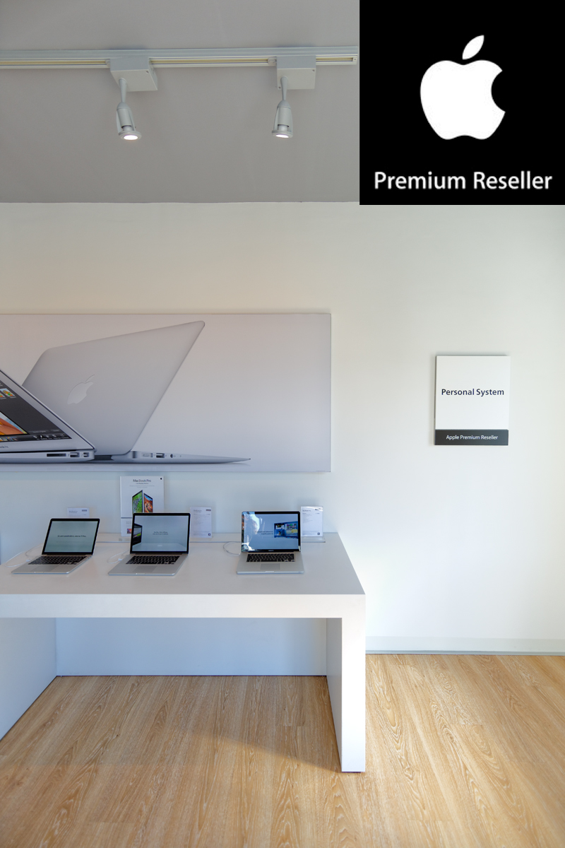 Personal System, Apple – Authorized Reseller Store, Parma, Italy.